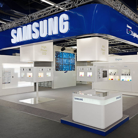 Samsung LED Light & Building in Frankfurt